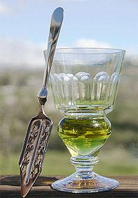 200px-Absinthe-glass[1]