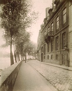 Hotel_de_lauzun[1]
