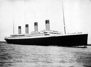300px-RMS_Titanic_3[1]
