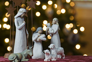 300px-Nativity_tree2011[1]