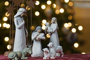 300px-Nativity_tree2011[1]