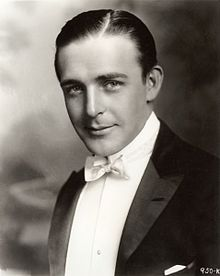 220px-Wallace_Reid_head_and_shoulders_1920[1]