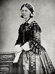 220px-Florence_Nightingale_three_quarter_length[1]