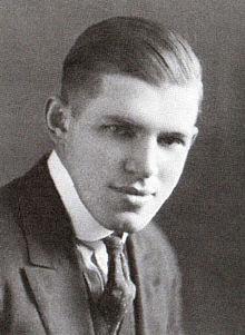 220px-John_Larson_in_1921[1]
